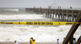 Stany Zjednoczone przygotowują się na nadejście huraganu Dorian