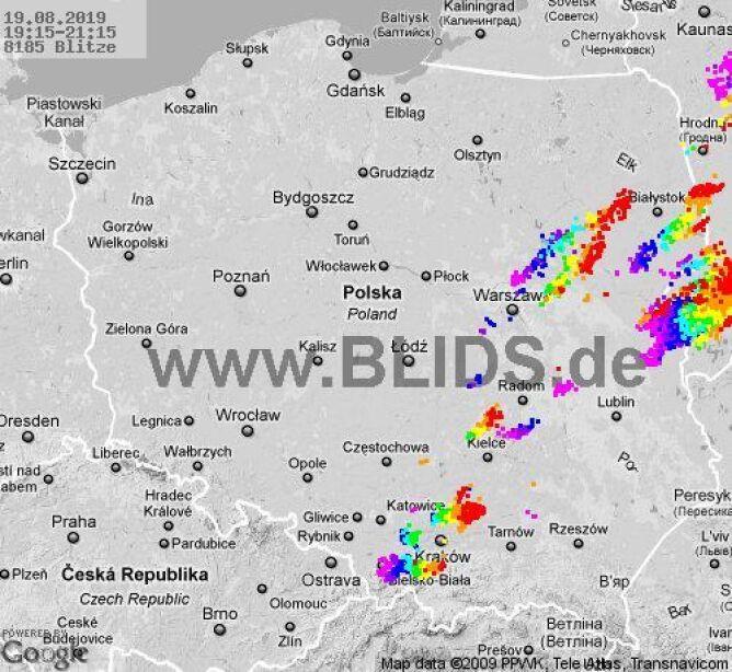 Ścieżka burz nad Polską (19.15-21.15) (blids.de)