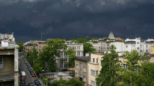 Prognoza pogody na jutro: część Polski burzowa. Do 27 stopni